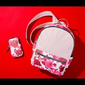 🎉💕💕🎉Betsey Johnson Sweetheart Backpack & Pouch